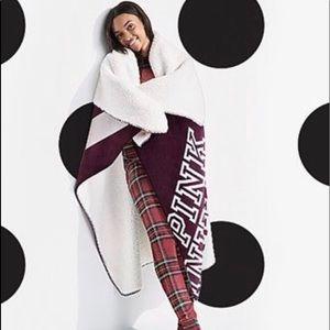 PINK Victoria's Secret Sherpa Blanket